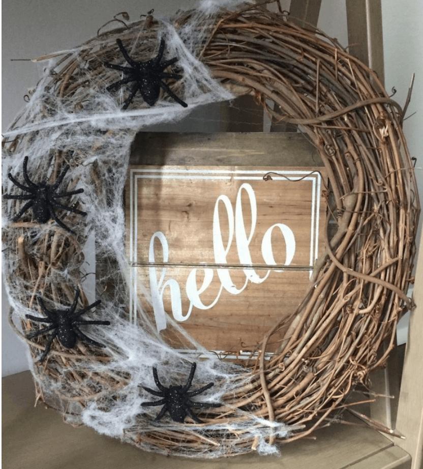 DIY Halloween wreath by Sass and Shamrocks
